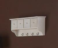 Clasificador de pared blanco - Art�culo fabricado en madera y lacado en blanco roto.