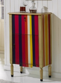 Mueble bar colorido