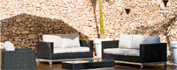 Set sofá, sillón y mesa de fibra sintética modelo CASPIO