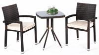 Set de sillas, mesa y cojines modelo DANDY2