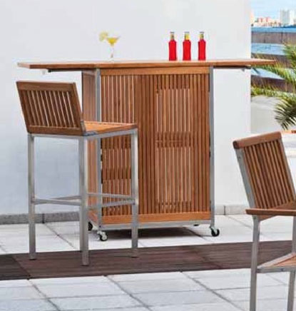 Mueble bar de madera taburete silla mesa y carrito de for Carritos de madera para jardin