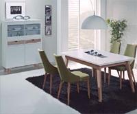 Sal�n modular lacado 1 - Compuesto por Aparador y mesa comedor rectangular