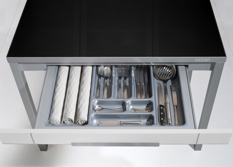 Mesa extensible aspecto robusto de madera for Mesa rinconera cocina moderna
