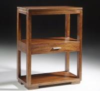 Mesa auxiliar de madera - Mesa auxiliar de madera con dos niveles.