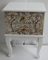 Mesilla blanca de madera con dos cajones