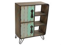 Mueble con puertas y baldas - Mueble con puertas y baldas fabricado en madera de abeto y metal
