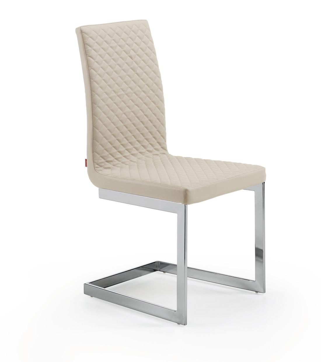 Sillas modelo kedin patas cromadas curvas muebles de for Sillas comedor color beige