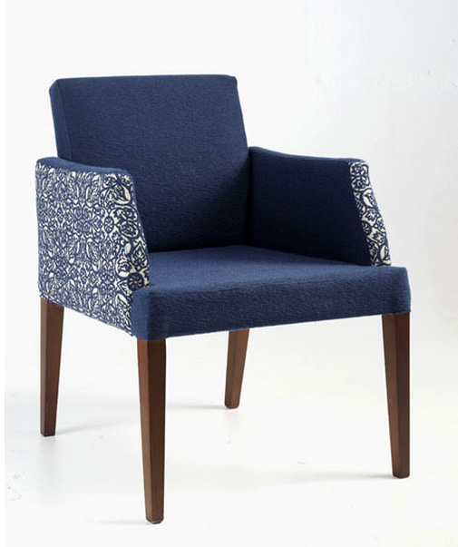 Sill n tapizado moderno con boton for Sillas y sillones modernos