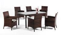 Set de sillones y mesa modelo TAMARU