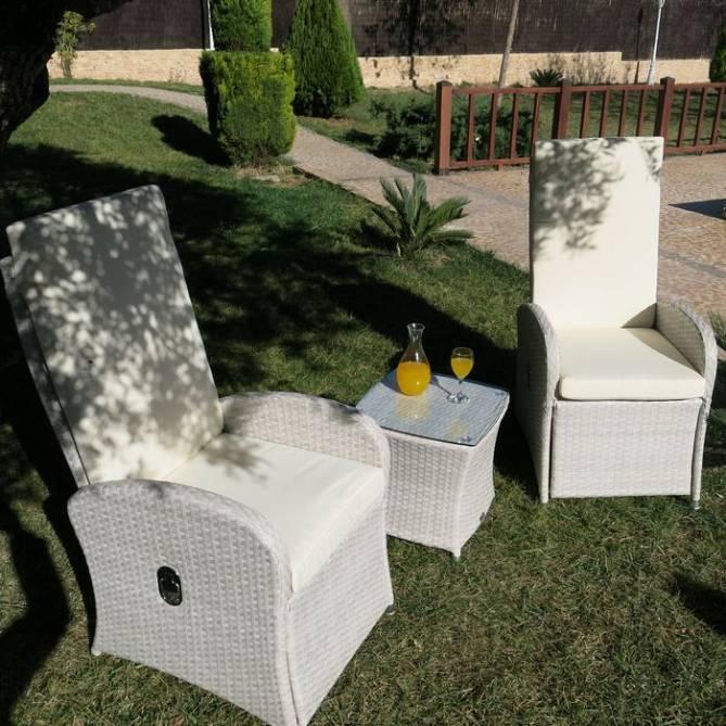 sillones para jardin ikea sillones relax y mesita para exteriores de rattan con