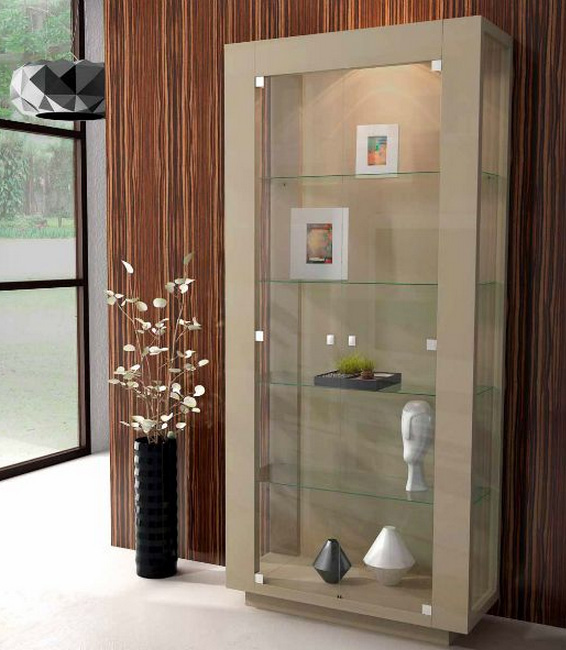 Vitrina con puerta de cristal 3 muebles de comedor for Cuanto cuesta poner una puerta interior