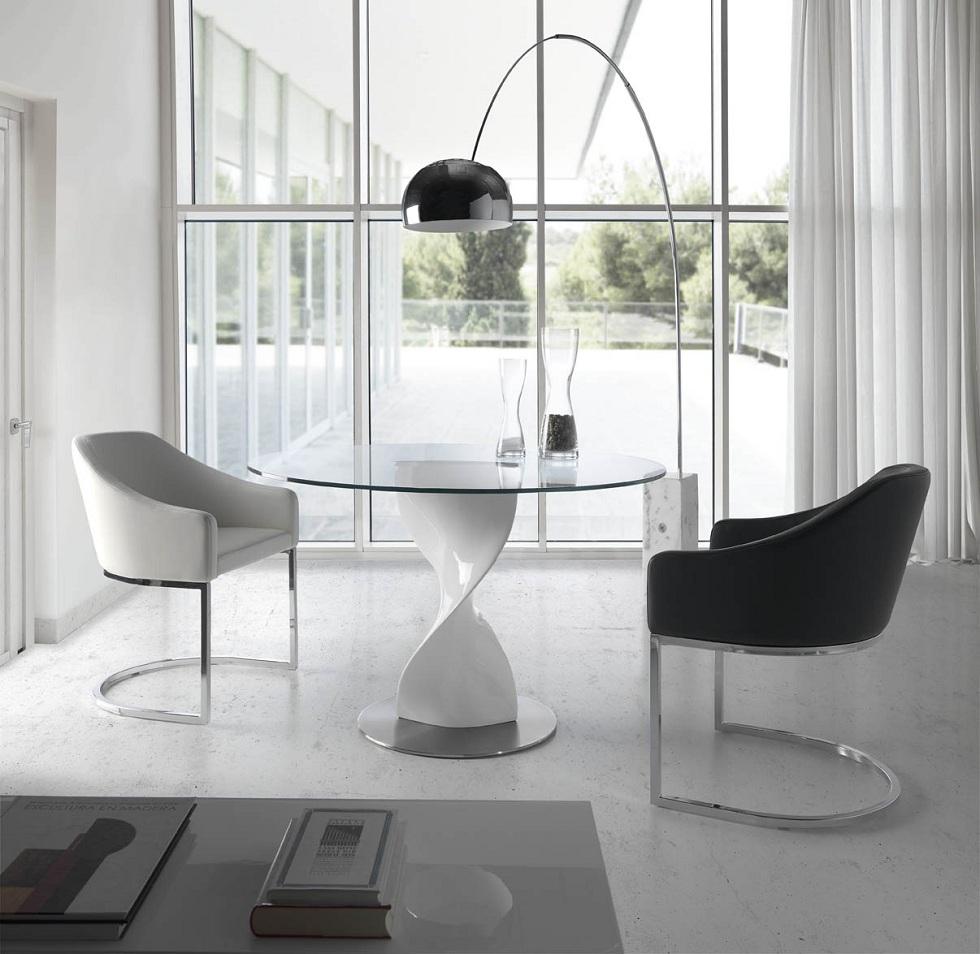Silla comedor tapizada con asiento acolchado for Comedores pequenos de vidrio