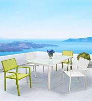 Comedor estructura de aluminio para exteriores 2 - Mesa blanca sillas en colores distintas medidas