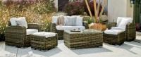 Conjunto de sofá de ratán para exterior 2 - Conjunto de distintas piezas de sillones para un ambiente exterior.