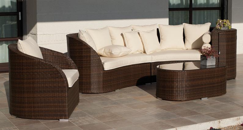 Juego mobiliario exteriores barakaldo for Sofa de madera para terraza