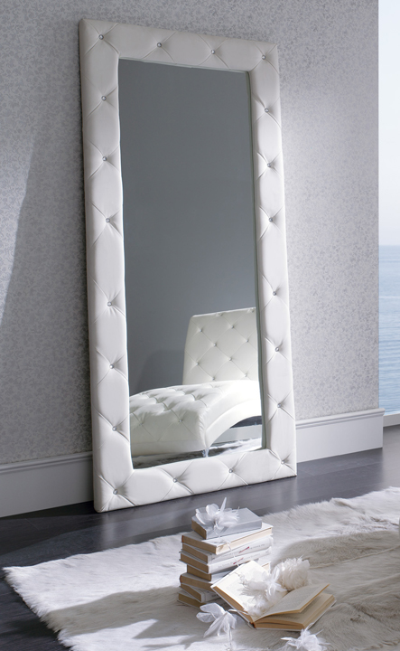 Espejo vestidor marco con botones vitoria logro o for Espejos de vestidor