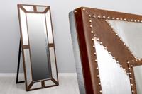 Espejo de pie London - Espejo de pie London fabricado en Piel + Aluminio
