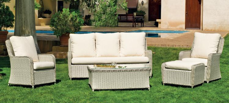 Set muebles de lujo para exteriores SURABAYA - Muebles de Rattan de lujo con resistencia garantizada Surabaya