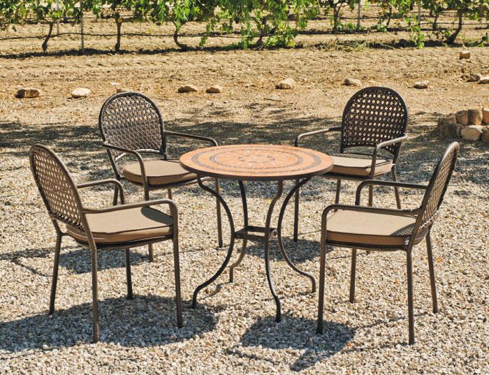 Set sillas y mesa mosaico modelo Caiman/Belfast - Juego de mesa  de acero en mosaico con sillón de rattan modelo Caiman/Belfast