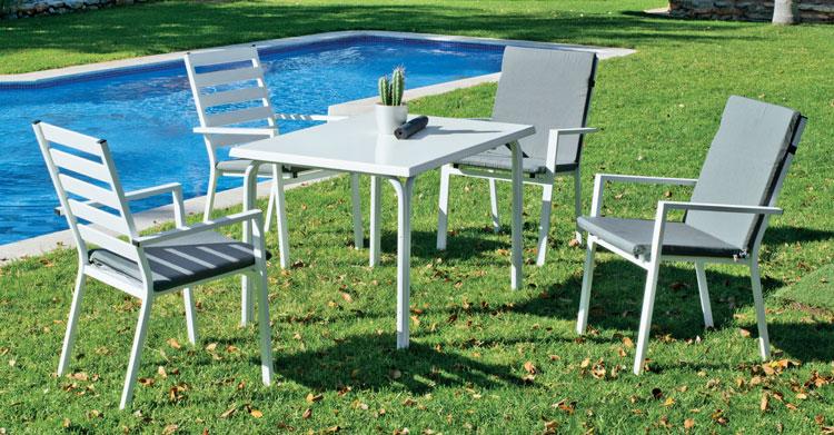 Mesa de aluminio HEVEGALITE - Mesa de aluminio HEVEGALITE, fabricado en aluminio y sillones en textilen