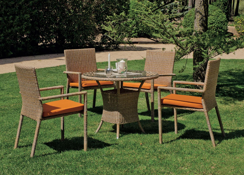 Mesa o silla Venus - Mesa o silla Venus, fabricado en ratán