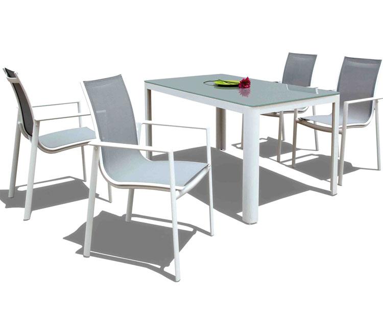 Set de mesa para exterior MALAGUETA - Set de mesa de exterior con 4 sillones. Estructura de aluminio con cristal templado, MALAGUETA