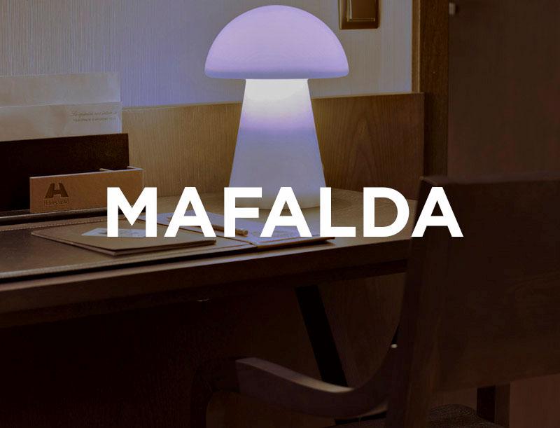 Lampara Mafalda - Lampara Mafalda, fabricado en polietileno