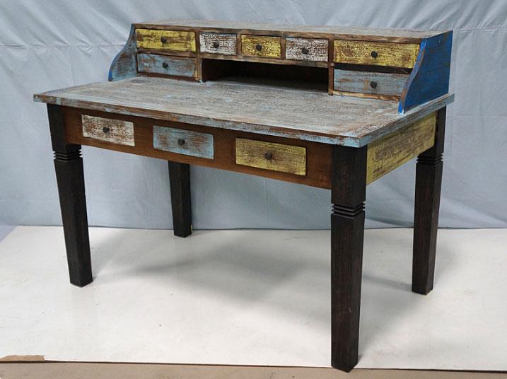 Escritorio Solo Vintage - Escritorio Solo Vintage, fabricado a mano en madera de mahogany