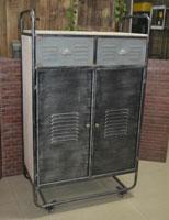 Mueble 2 puertas industrial - Mueble 2 puertas industrial, fabricado en metal y madera natural con ruedas