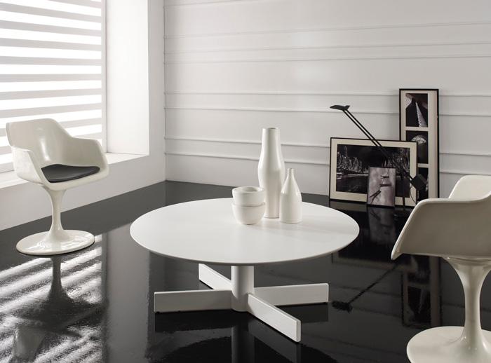 Mesa centro salon redonda caceres for Mesa baja salon
