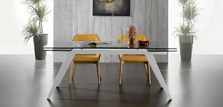 Mesa de comedor extensible TRAIL - Mesa de comedor extensible TRAIL, fabricada en metal y vidrio