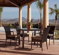 Set comedor para jardín y terraza - Mesa disponible en dos tamaños