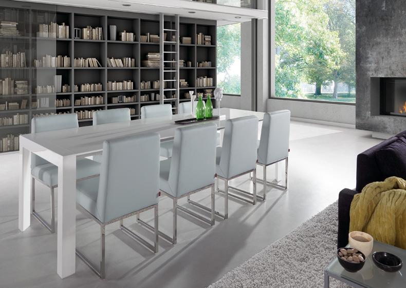 Mesa de madera blanca lacada for Mesas de comedor blancas