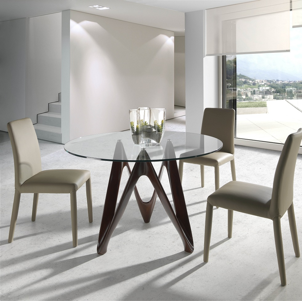 Mesa de cristal templado redondo y base de nogal for Comedor redondo 6 sillas