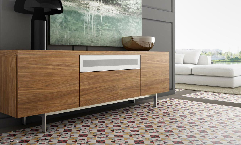 Aparador moderno color madera for Muebles aparadores modernos