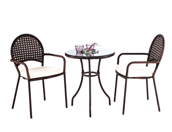Mesa de rat n sint tico y dos sillones de poliratan gandia for Mesas terraza jardin