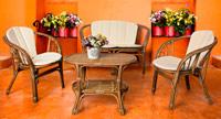 Sila y mesita centro de rattan - Perfecto para ambientes exteriores, disponible en set de 4 o por separado