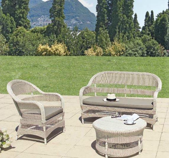 Sofá sillones y mesa baja de rattan para exteriores 3 - Estructura de aluminio