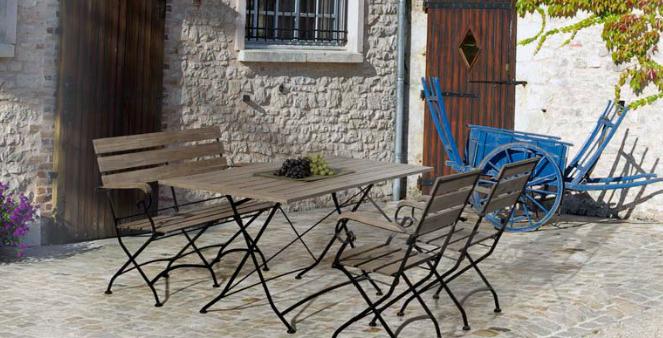 Mesa banco y sillas de madera Acacia para exterior - Metal galvanizado