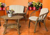 Sofás y mesa de Rattan para salón - Sillas de rattan a juego disponibles