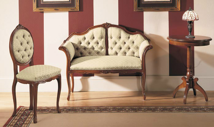 Silla y canap claveteado tapizados con botones - Como tapizar una silla con respaldo ...