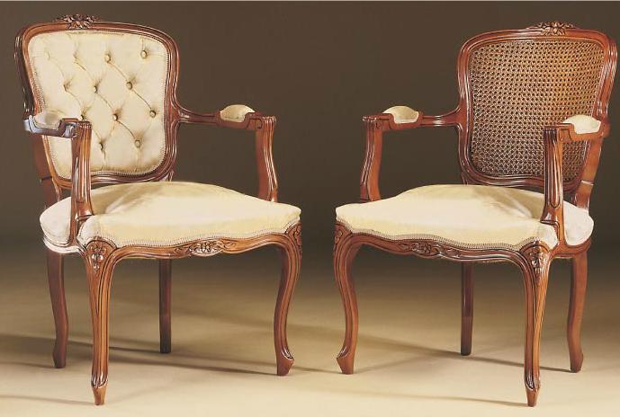 Sillón madera clásico tapizado Luis XV