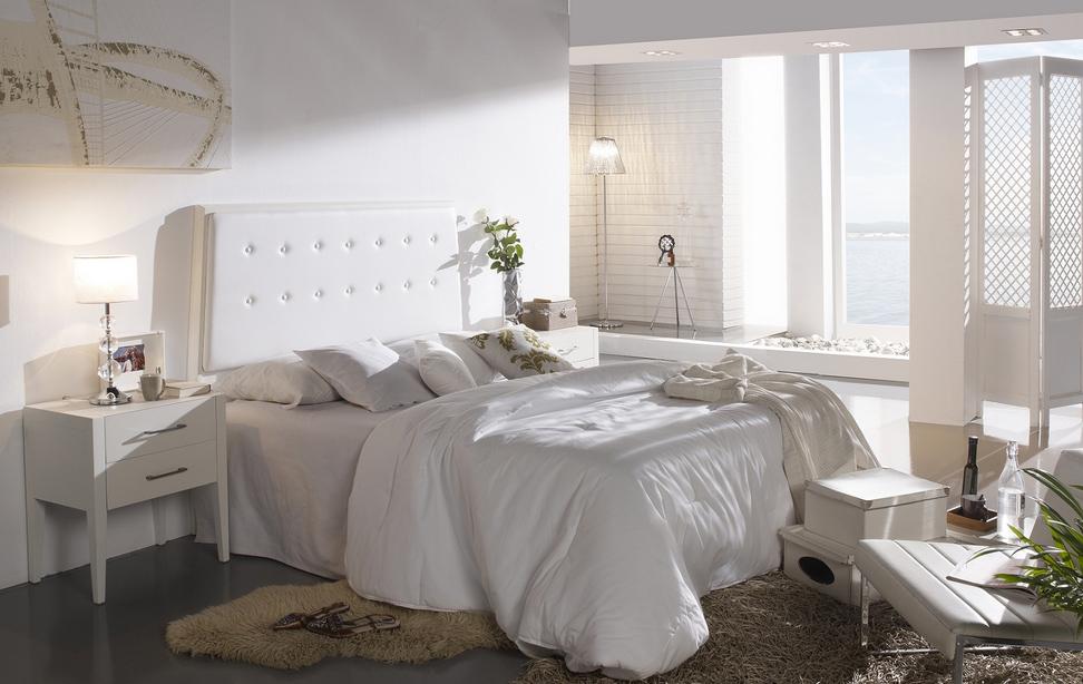 Cabecero piel y madera tarragona for Lamparas cabezal cama