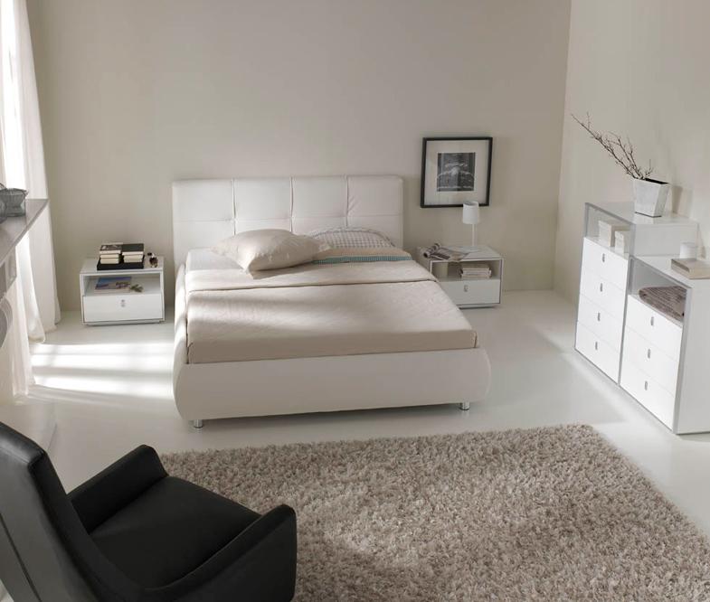 Chifonier blanco 5 cajones barcelona for Dormitorio cabecero blanco