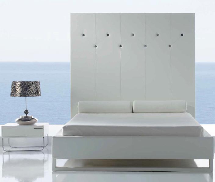 Majestuoso cabezal para cama matrimonial - Cabezal para cama matrimonial de aspecto majestuoso y magnífico