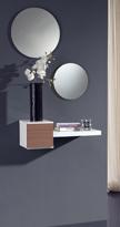 Recibidor con espejo 19 - Pequeño y minimalista recibidor con juego de espejos
