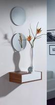 Recibidor con espejo 21 - Discreto y minimalista recibidor con juego de lunas redondas