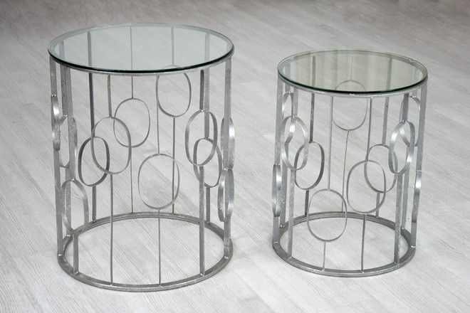 mesa baja de diseño moderno - Mesa moderna.