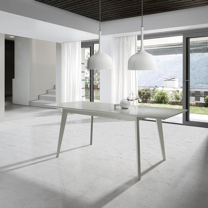 Mesa de comedor Erta - Mesa de comedor Erta. extensible en madera lacada
