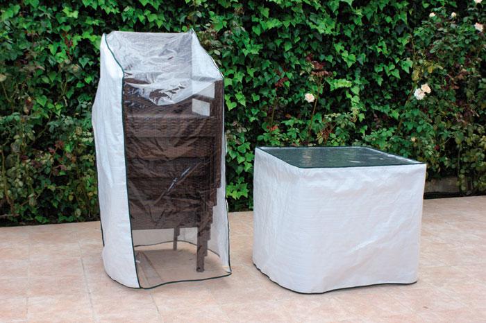 mesa de ratn sinttico cuadrada pequea y cuatro sillones para exterior mesa de ratan sinttico